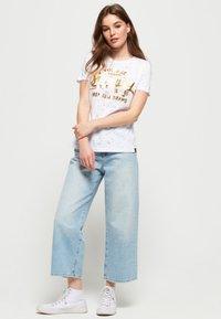 Superdry - Print T-shirt - white - 1