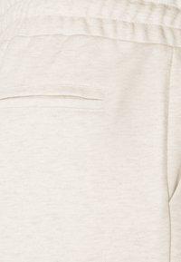 Lounge Nine - CESARINE PANTS - Trousers - pastel parchment melange - 7