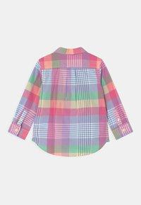 GAP - TODDLER BOY - Shirt - multi-coloured - 1