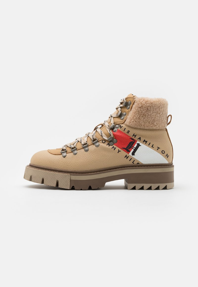 Tommy Hilfiger - CHUNKY BOOT - Lace-up ankle boots - horseradish