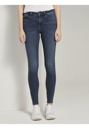 JEANSHOSEN NELA EXTRA SKINNY JEANS - Jeans Skinny Fit - dark blue denim