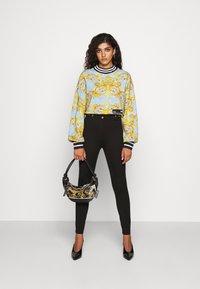 Versace Jeans Couture - Sweatshirt - azzurro scuro - 1