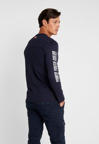 TOM TAILOR - LONGSLEEVE - Langarmshirt - sky captain blue