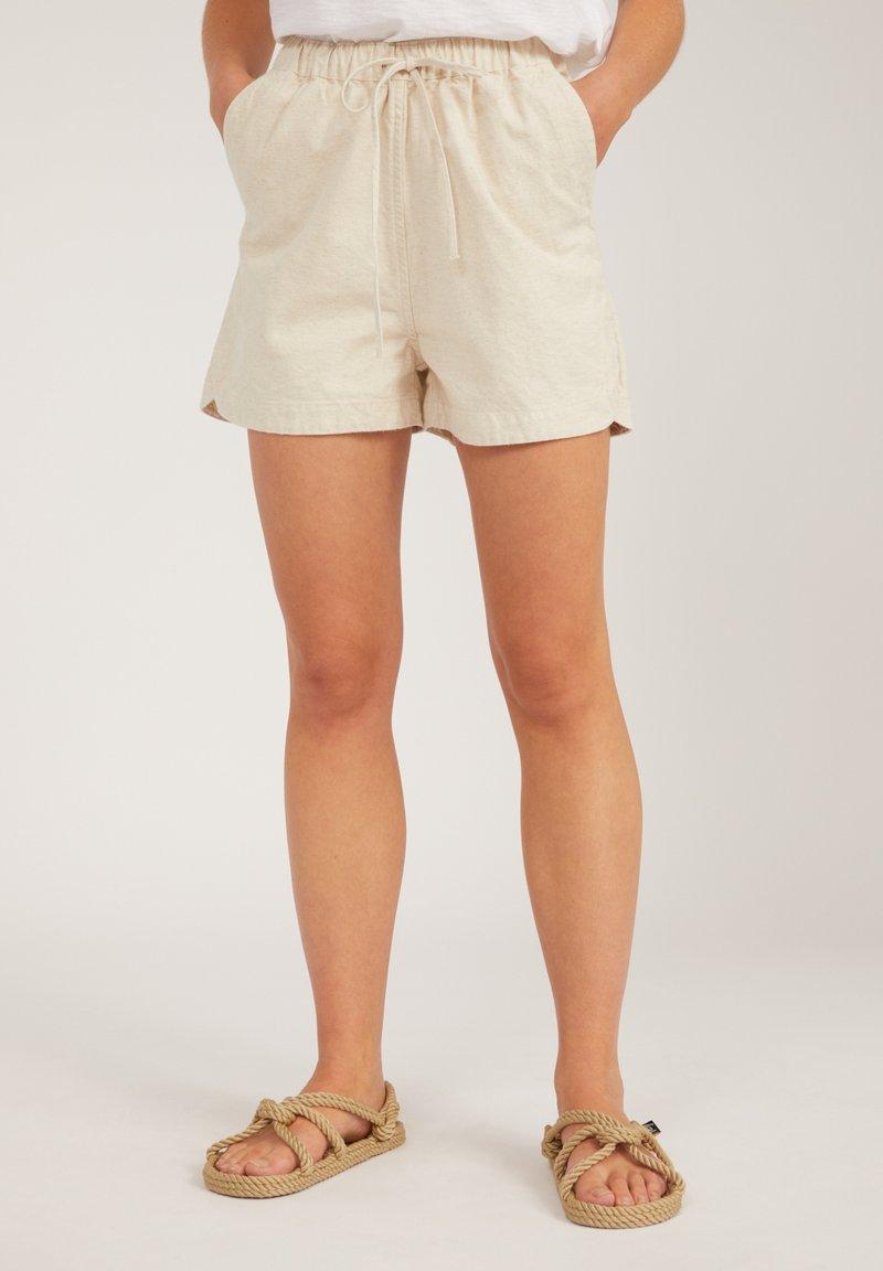 ARMEDANGELS - Shorts - undyed