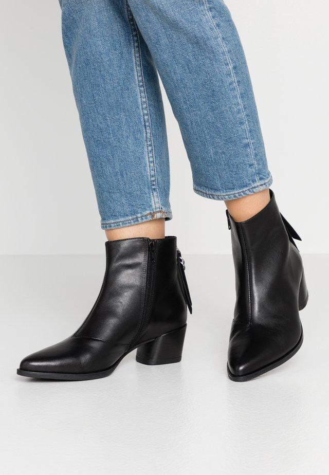 LARA - Boots à talons - black