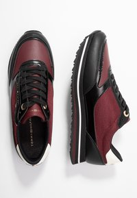 Tommy Hilfiger - TOMMY RETRO BRANDED  - Sneakers - bordeaux - 3