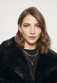 Missguided - SHORT COLLAR COAT - Winter jacket - black - 4