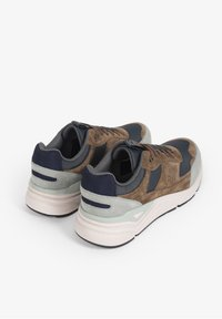 Scalpers - VINTAGE  - Trainers - stone - 3