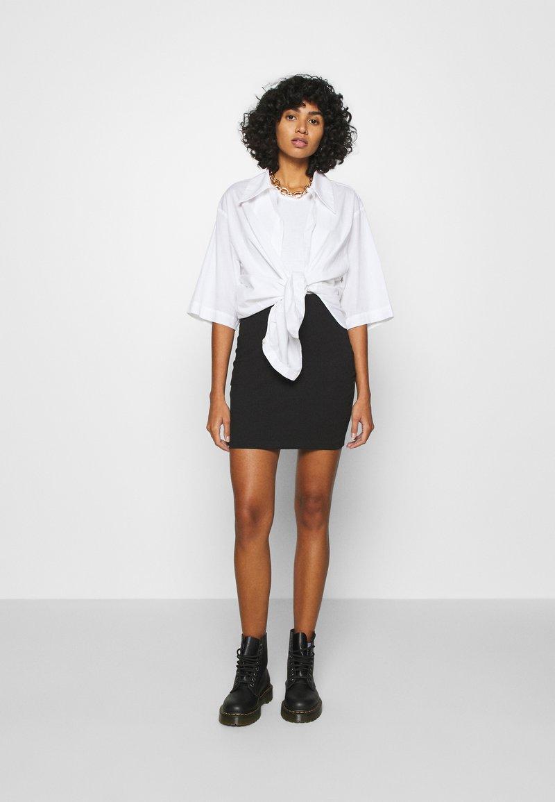 Even&Odd - 2 PACK - Minifalda - black/camel