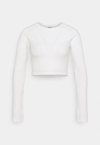 KINSLEY - Long sleeved top - warm white