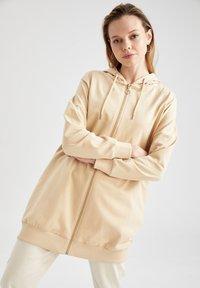 DeFacto - Zip-up hoodie - beige - 0