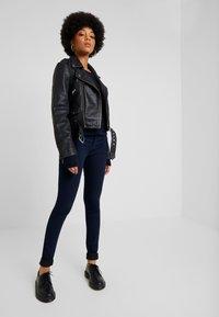 ONLY - ONLRAIN - Jeans Skinny Fit - dark blue denim - 1