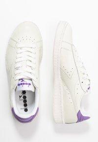 Diadora - GAME WAXED - Matalavartiset tennarit - white/light violet - 3