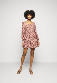 Faithfull the brand - NALINE DRESS - Denní šaty - burgundy - 1