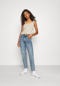 Levi's® - JUST PEACHY CAMI - Toppi - cyprine tofu - 1