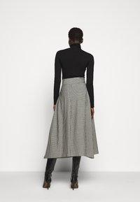WEEKEND MaxMara - ROLLIO - Áčková sukně - beige - 2