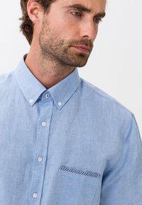 BRAX - STYLE DAN - Shirt - LIGHT BLUE - 3