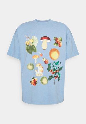 FRUITS AND MUSHROOMS - T-Shirt print - good grey