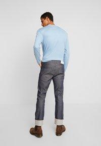 Amsterdenim - REMBRANDT SELVEDGE - Straight leg jeans - rauw blauw - 2