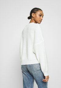 Even&Odd - OVERSIZED JUMPER - Stickad tröja - white - 2