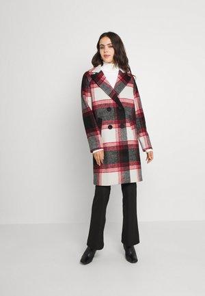 NMBANTU - Classic coat - rhubarb comb