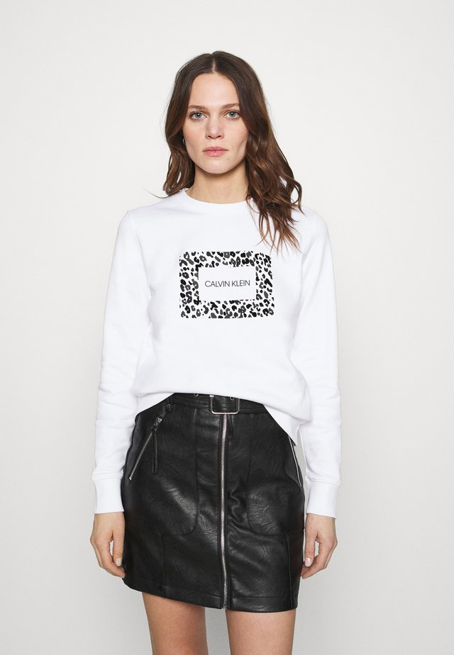 LEO BOX - Sweatshirt - bright white