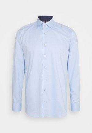 Level 5 - Formal shirt - bleu