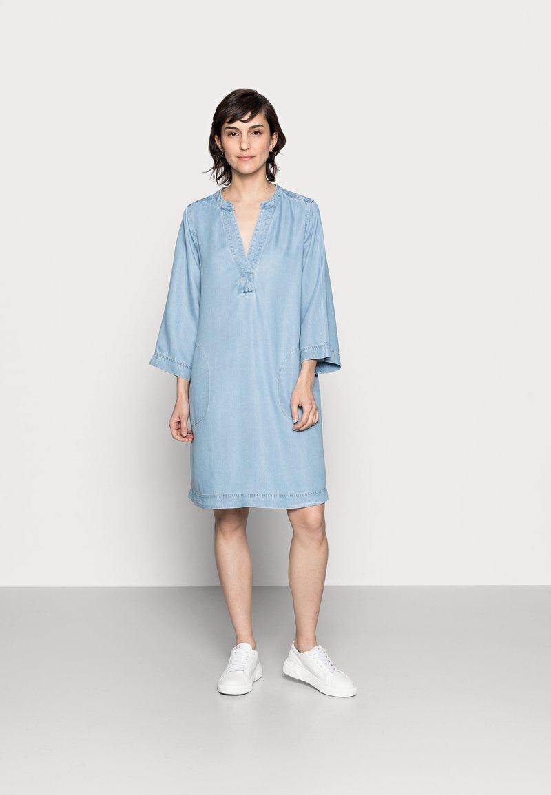 Part Two - INGELINE - Denimové šaty - light blue denim