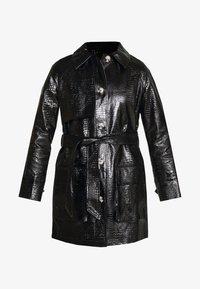 CHARLIE SHACKET - Krátký kabát - black