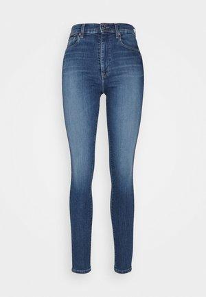 SYLVIA  SKINNY  - Jeans Skinny Fit - denim medium