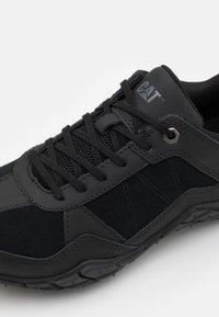 Cat Footwear - PROFUSE SHOES - Sneakers laag - black - 5