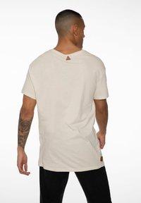NXG by Protest - Print T-shirt - kit - 2