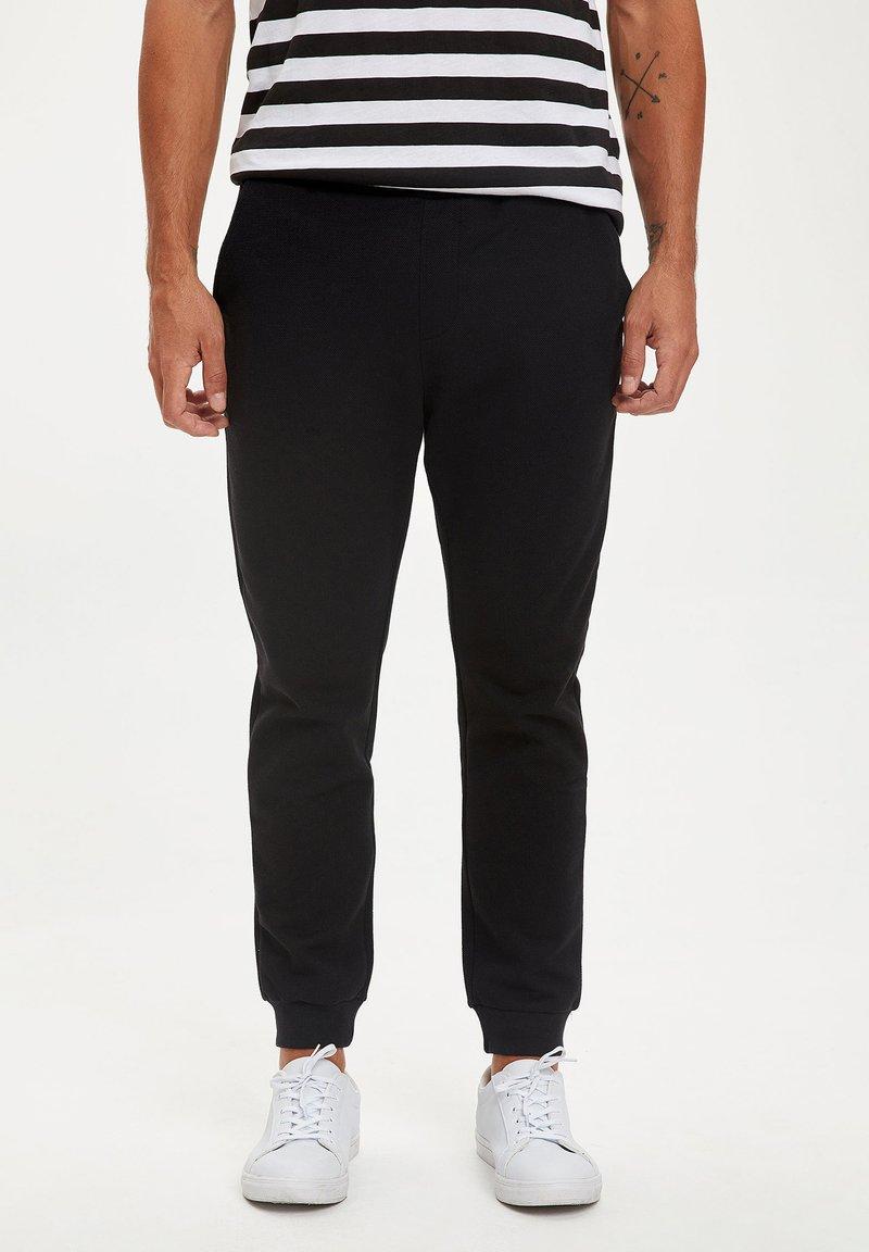 DeFacto - Jogginghose - black