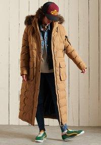 Superdry - EXPEDITION  - Winter coat - sandstone - 0