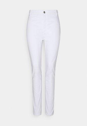 ONLBLUSH LIFE BOX - Jeans Skinny Fit - white