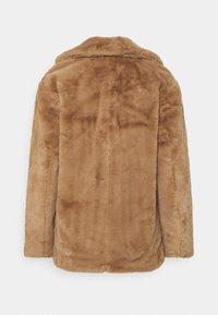 New Look - WINNIE - Veste d'hiver - camel - 1