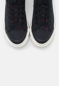 Diesel - High-top trainers - black - 5