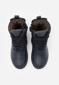 clic! - Šněrovací kotníkové boty - tana/azul - 3