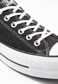 Converse - CHUCK TAYLOR ALL STAR LIFT GLITTER - Joggesko - black/white - 2