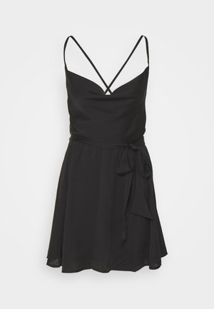 GOOD COMPANY SLIP - Cocktail dress / Party dress - black