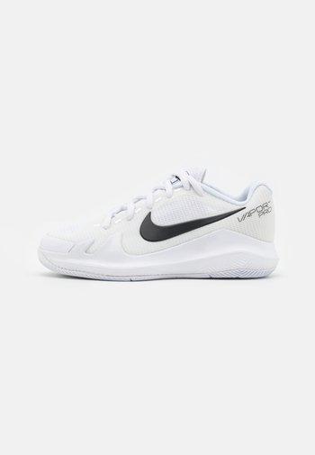 COURT JR VAPOR PRO UNISEX - Buty tenisowe uniwersalne - white/black