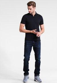 Wrangler - GREENSBORO - Straight leg jeans - el camino - 1