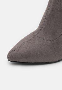 Even&Odd - Laarzen met hoge hak - grey - 5