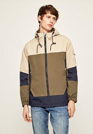 PETE - Light jacket - chatham blue