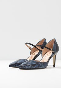 Paco Gil - MINA - Classic heels - bluette/nero - 4