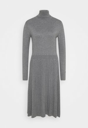 FLARE DRESS - Strikkjoler - mid grey heather