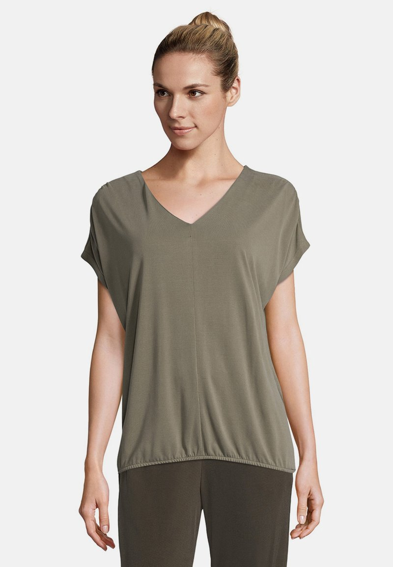 Betty & Co - MIT GUMMIZUG - Blouse - olive