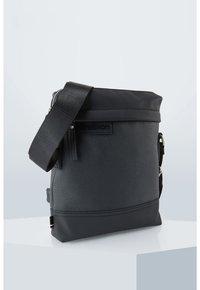 Strellson - ROYAL OAK - Across body bag - black - 4