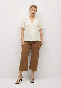 Violeta by Mango - Button-down blouse - blanc - 1