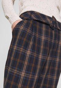 Trendyol - Spodnie materiałowe - multi color - 4